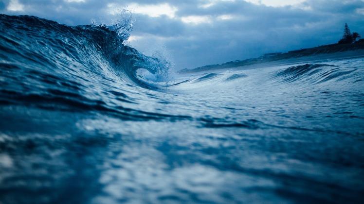 ocean-wave-1149174_1280
